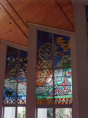 ホーリー・トリニティ大聖堂のステンドグラス