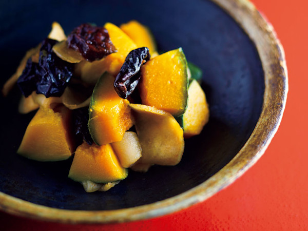 カボチャと干しリンゴ、プルーン煮