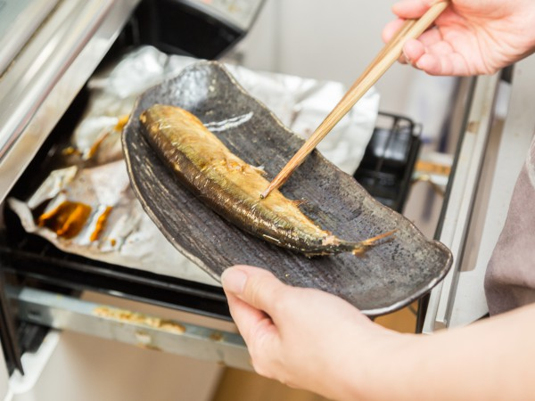 重曹で簡単!魚焼きグリルの掃除の仕方とは