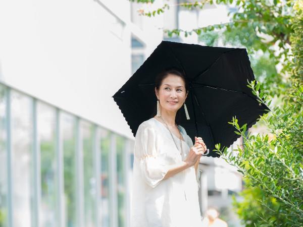 紫外線対策にベストな日傘の色