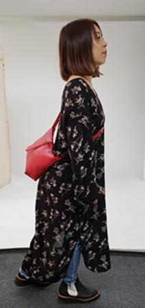 低身長ファッションのポシェット