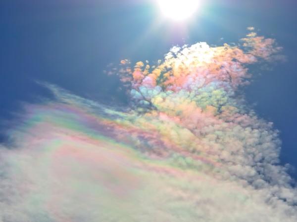 彩雲とは何? どうやったら見られるの?