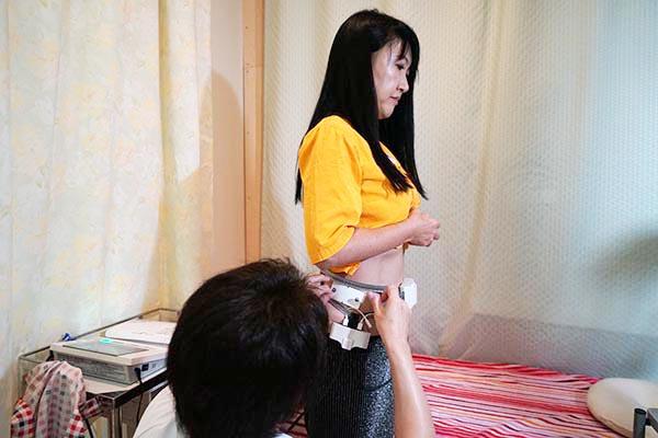 腹囲と内臓脂肪量測定
