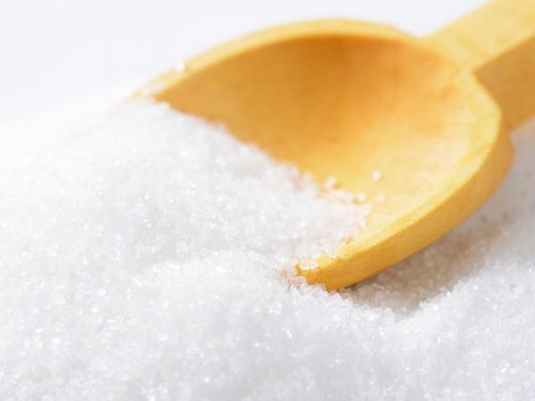 白砂糖は漂白してるから白いって本当?