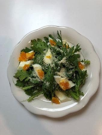 春菊のシーザーサラダ