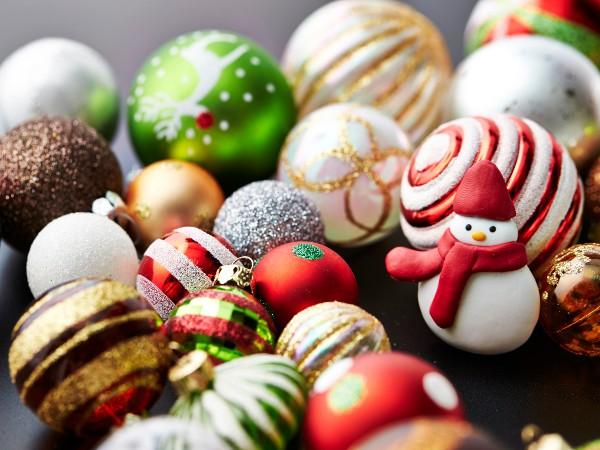 クリスマスツリーのオーナメント(飾り)の意味