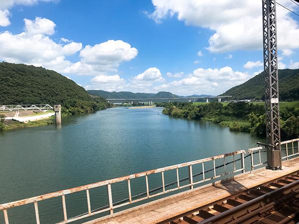 吉井川橋梁からの景色