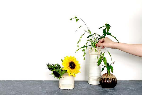 ヒマワリの花の飾り方:短くカットして最後の一輪を楽しむ