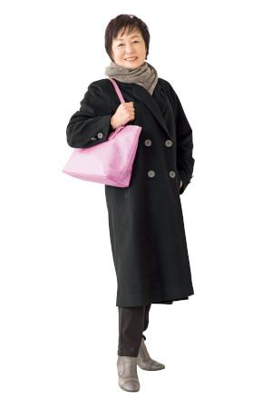 【OKコーデ】バッグの色:ピンクなどアクセントカラーもおすすめ
