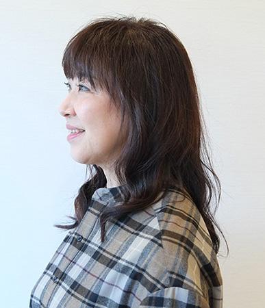 50代髪型ヘアカタログ:セミロング(サイド)
