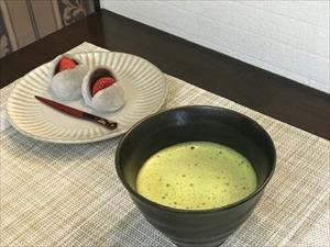 門田さんおすすめのお茶活レシピ:いちご大福とお抹茶