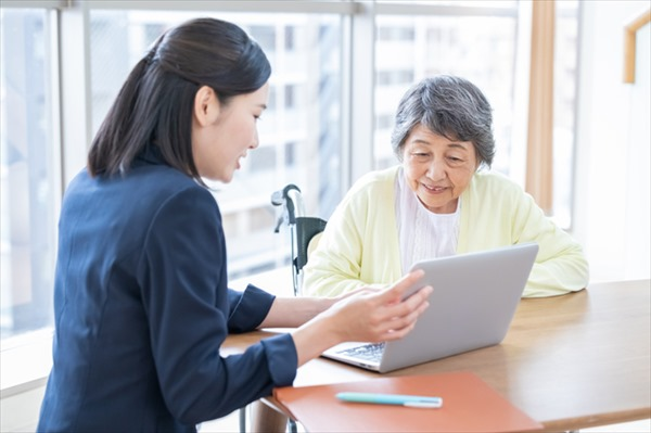 介護保険サービスを利用するまでの流れは?