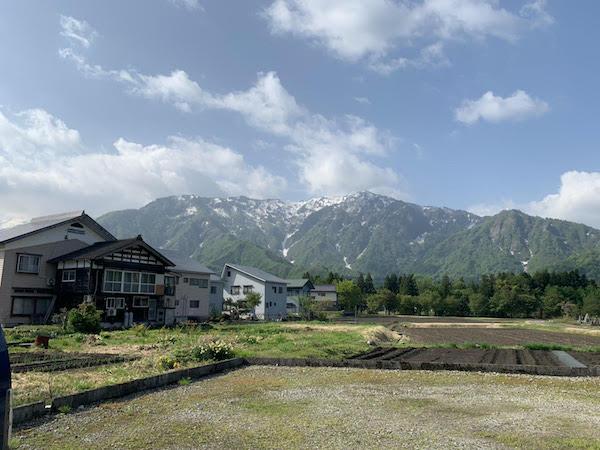 遠く新潟県の山へ