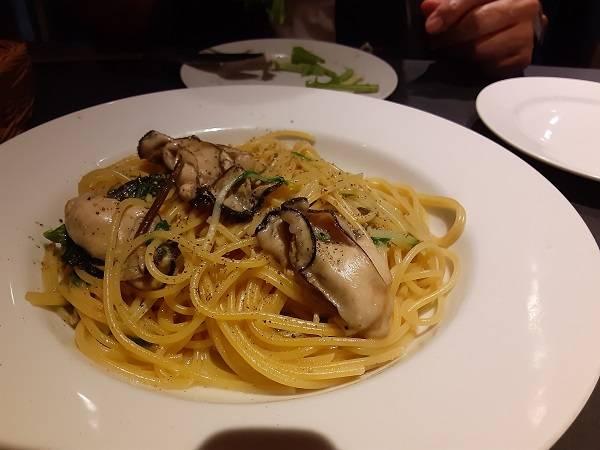牡蠣のペペロンチーノ・スパゲティ