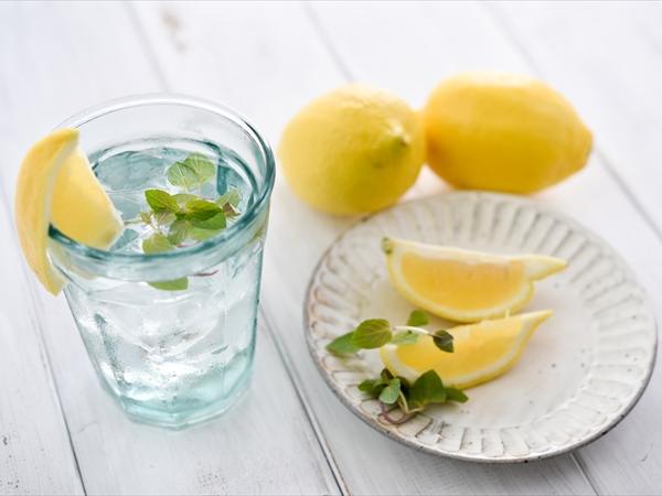 レモン水はダイエットに効く?体にいいって本当?