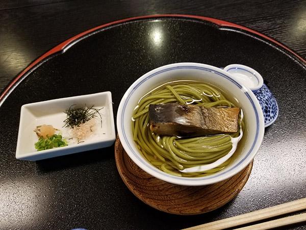 宇治産抹茶使用 鰊の茶蕎麦
