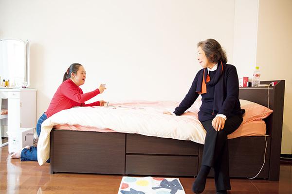 金澤翔子さんと泰子さん