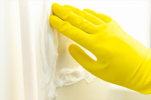 お風呂掃除のコツ:カビの落とし方