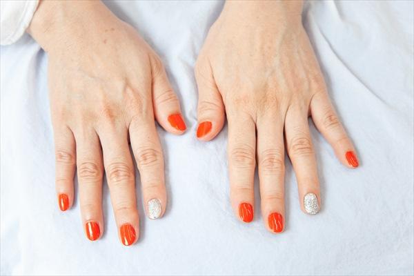 イメチェンアフター写真(ネイル):ビビッドなオレンジ&シルバー
