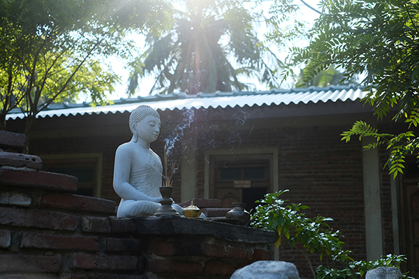 夕方には瞑想のアクティビティも実施される
